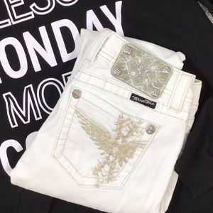 Miss Me white eagle wing skinny jeans